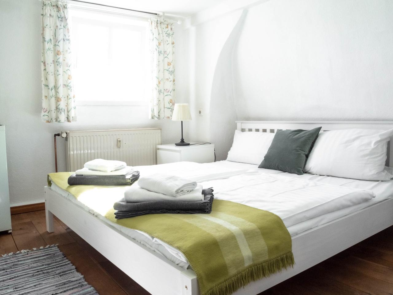 Doppelzimmer mit Etagenbad - steile Treppe