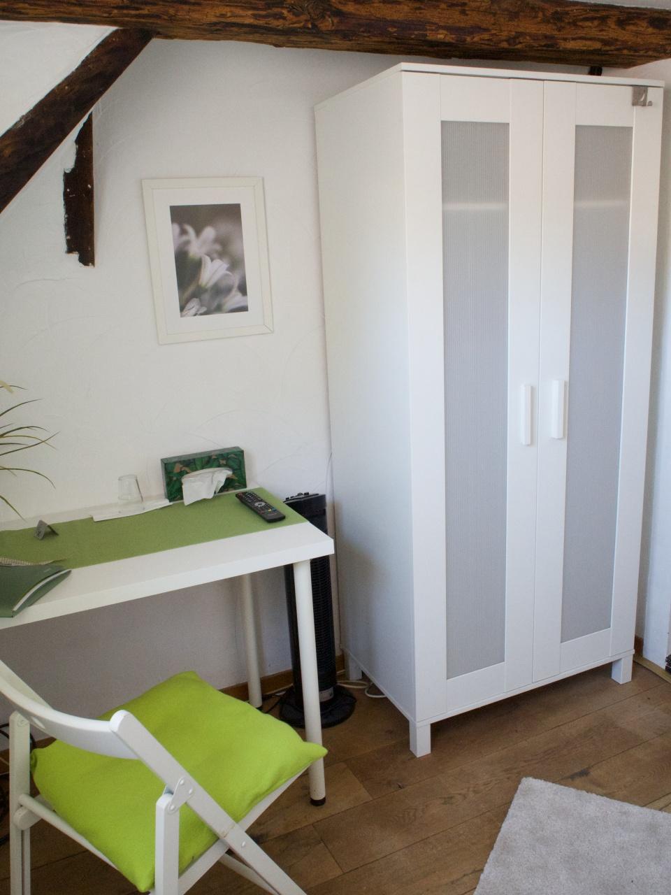 Einzelzimmer mit Etagenbad - steile Treppe